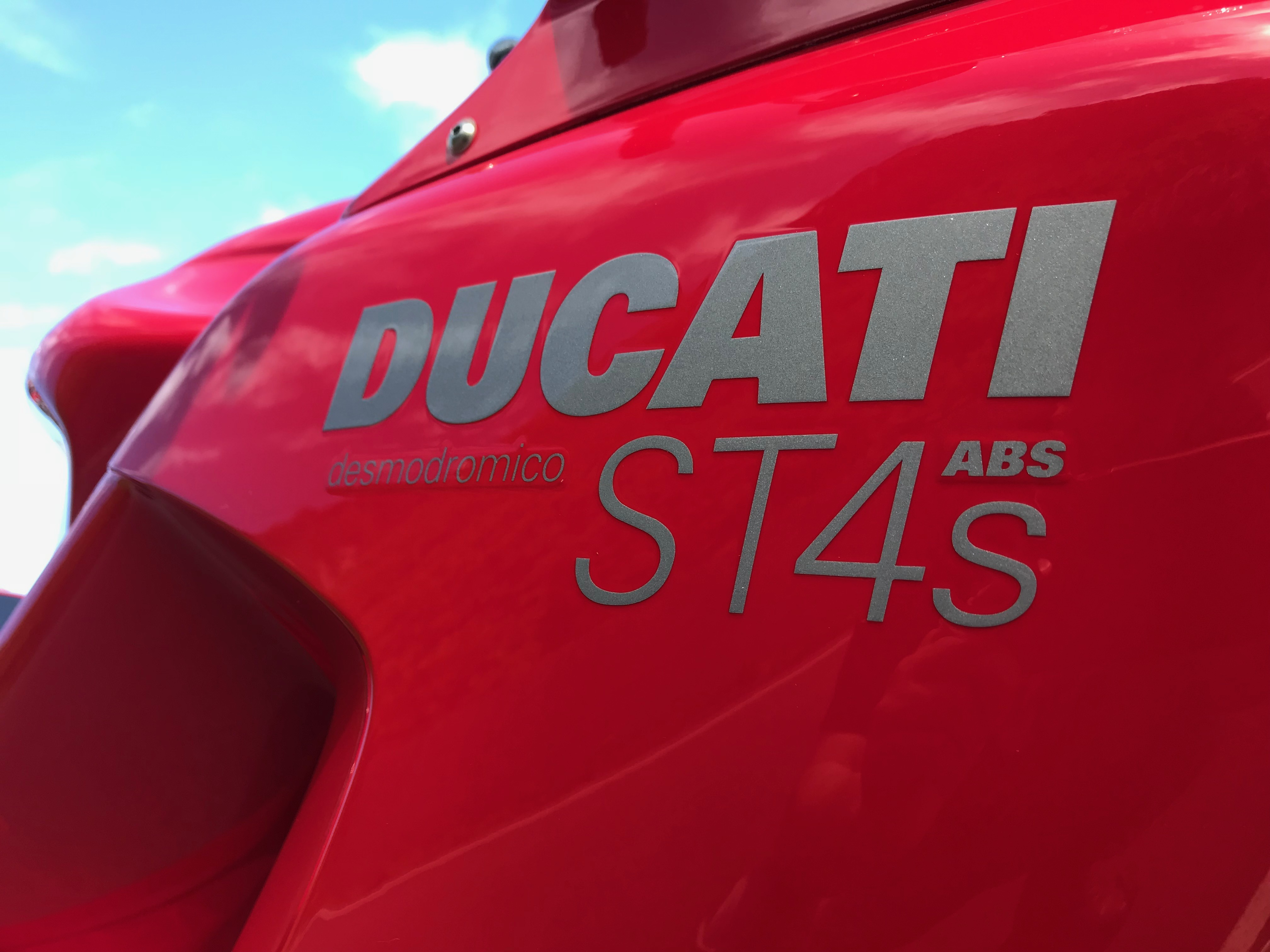 DUCATI ST4S ABS カウル